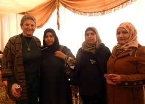 Sally de Vries and Jordanian women at celebration.
