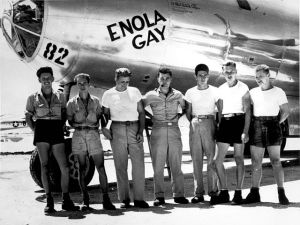 The Enola Gay ground crew with the Hiroshima mission commander Paul Tibbets in the center.