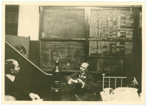 William Osler quizzing a student at Johns Hopkins Hospital, 1902 or 1903.
