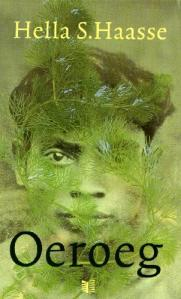 Cover of the book Oeroeg, showing an Indonesian native young man hiding behind green leaves